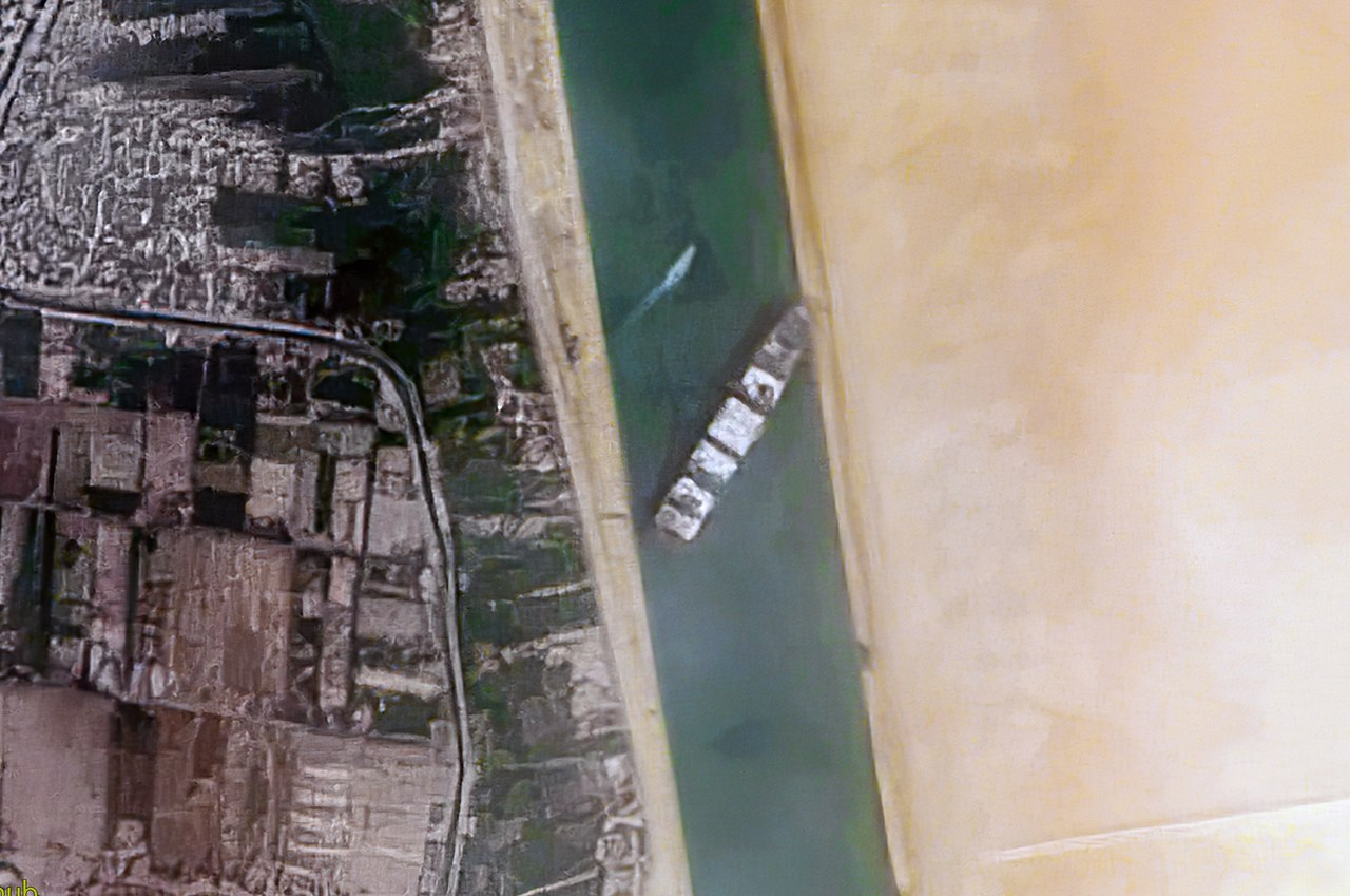 suez canal container ship freed